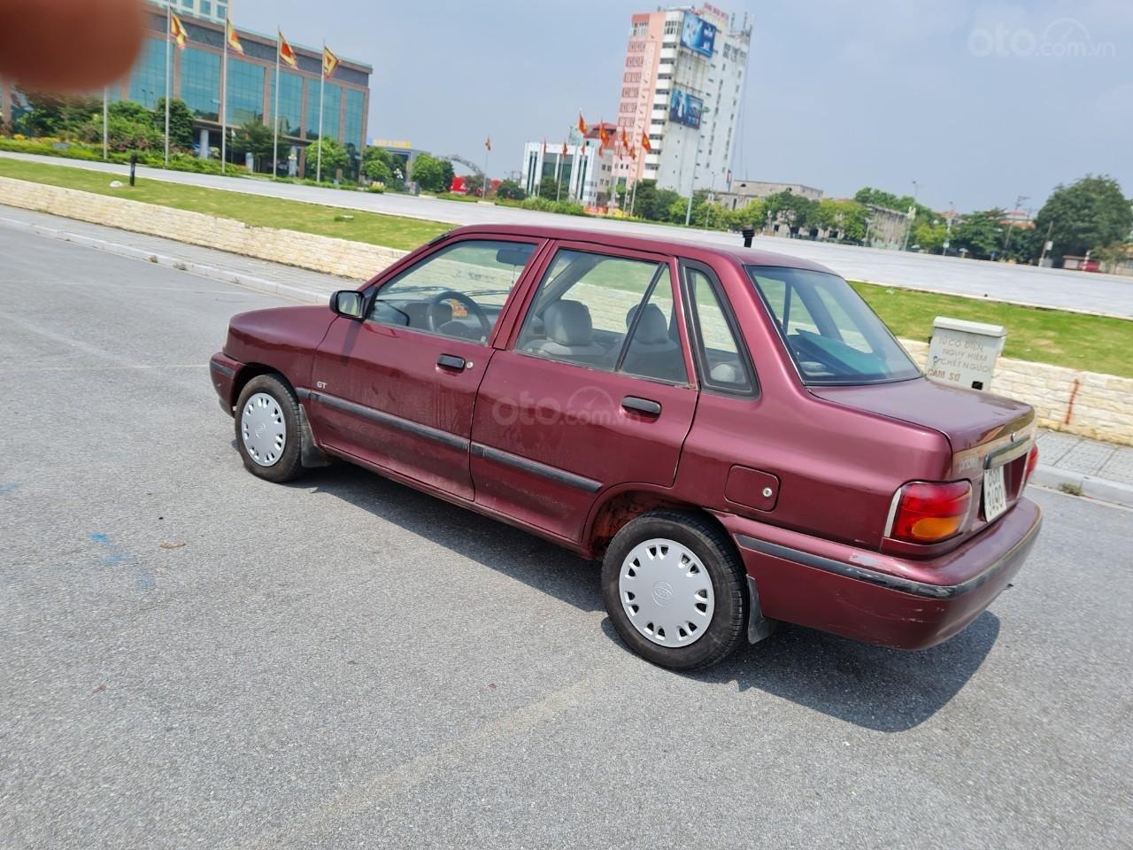 Cần bán Kia Pride GTL, SX 2001, máy xăng, nhập khẩu, đã chạy 80000km, xăng 6 L/100km, nội thất màu ghi, xe 5 cửa, máy 1.3 (2)