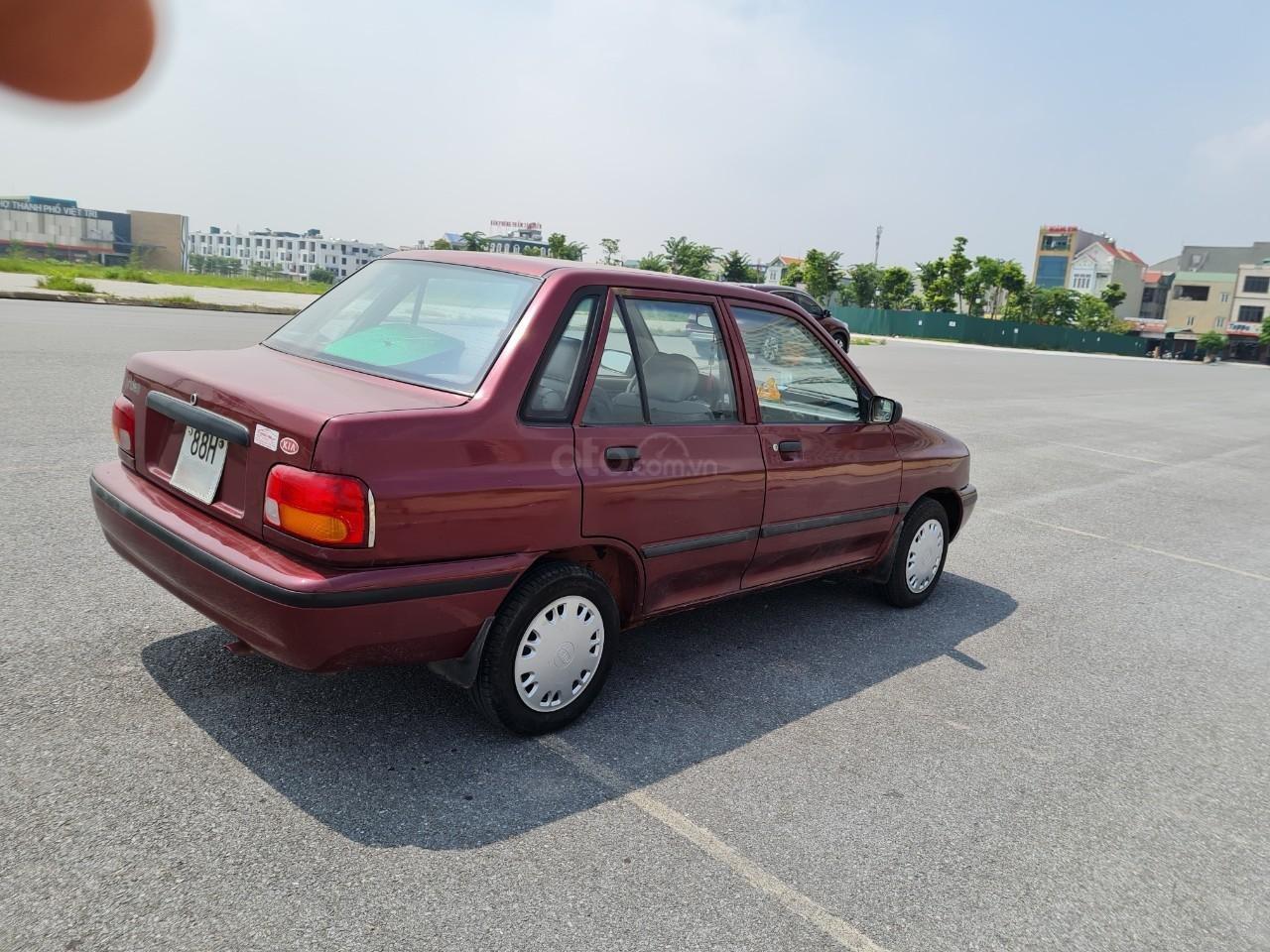 Cần bán Kia Pride GTL, SX 2001, máy xăng, nhập khẩu, đã chạy 80000km, xăng 6 L/100km, nội thất màu ghi, xe 5 cửa, máy 1.3 (3)