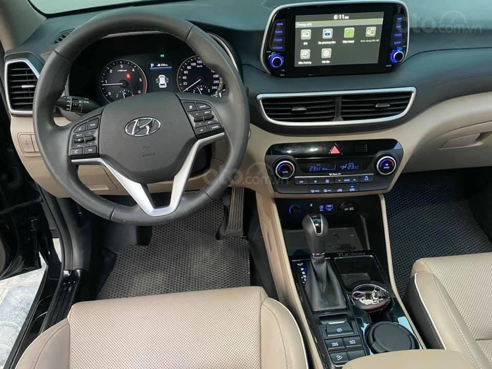 Cần bán xe Hyundai Tucson 2019, máy dầu, số tự động, chạy ổn định (9)