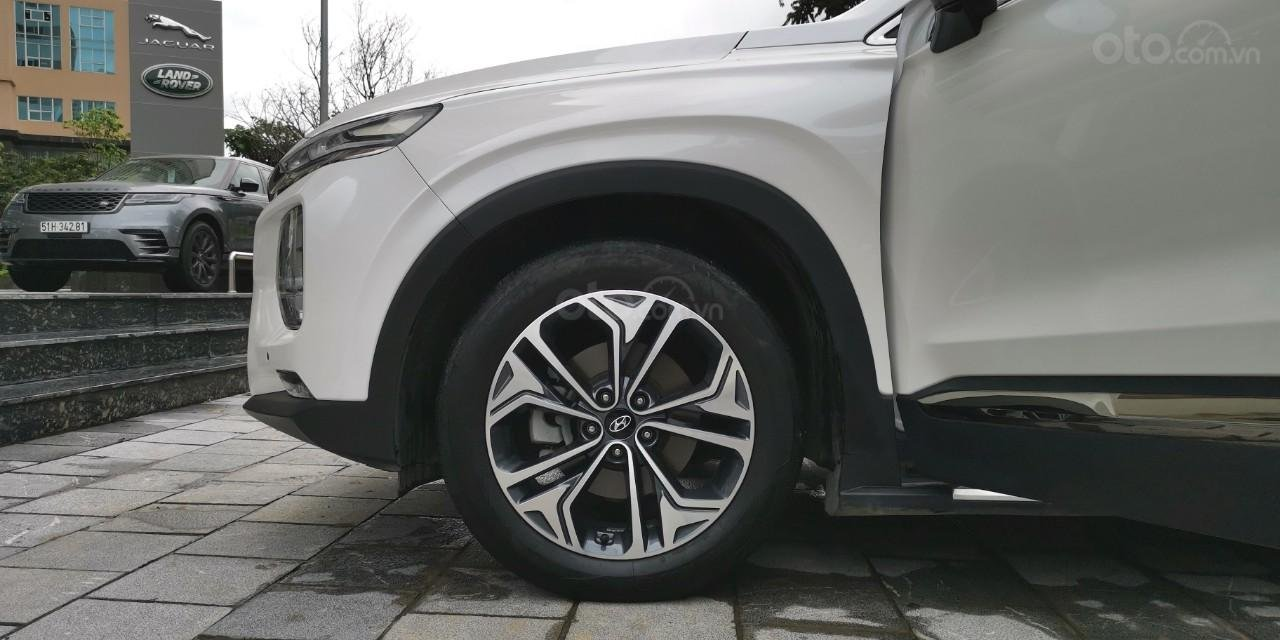 Hyundai Santa Fe 2019 Premium Diesel HTRAC 2.2D (4)