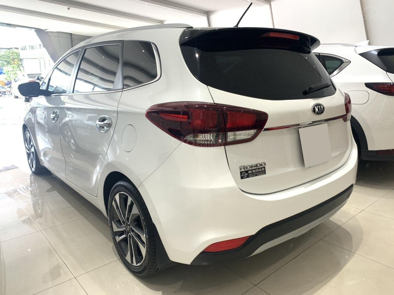 Bán xe Kia Rondo GAT 2.0 2018 cực đẹp (4)