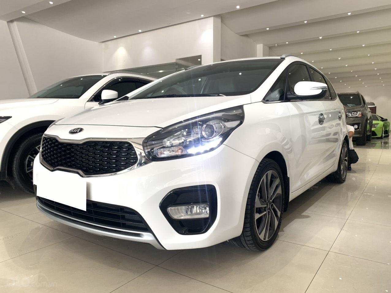 Bán xe Kia Rondo GAT 2.0 2018 cực đẹp (3)