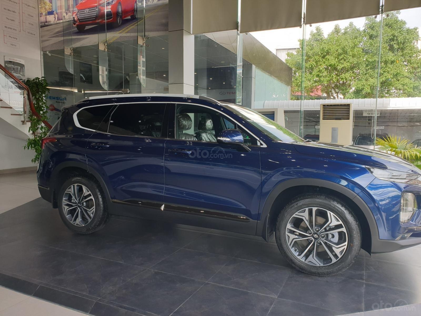 Hyundai Santa Fe, máy dầu, giá cực ưu đãi cho tháng 10 này, giảm trực tiếp tiền mặt lên đến 40tr rẻ nhất Bắc Ninh (1)