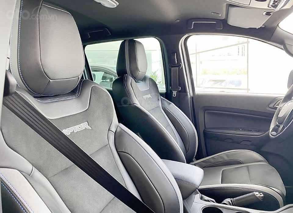 Cần bán Ford Ranger năm sản xuất 2020, màu xám, nhập khẩu nguyên chiếc (2)