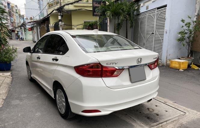 Bán Honda City 1.5AT đời 2017, màu trắng còn mới  (7)
