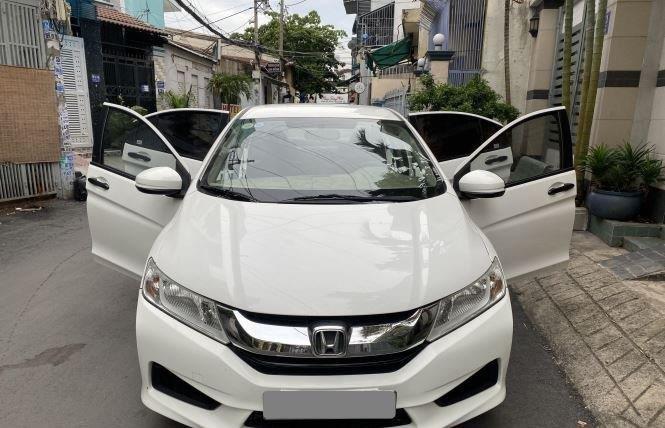 Bán Honda City 1.5AT đời 2017, màu trắng còn mới  (2)