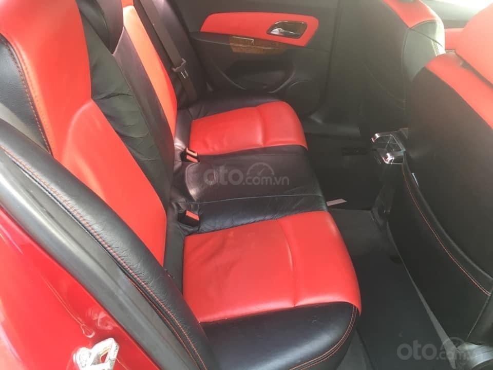 Cần bán gấp Chevrolet Cruze năm 2014, màu đỏ, nhập khẩu, giá chỉ 315 triệu (7)