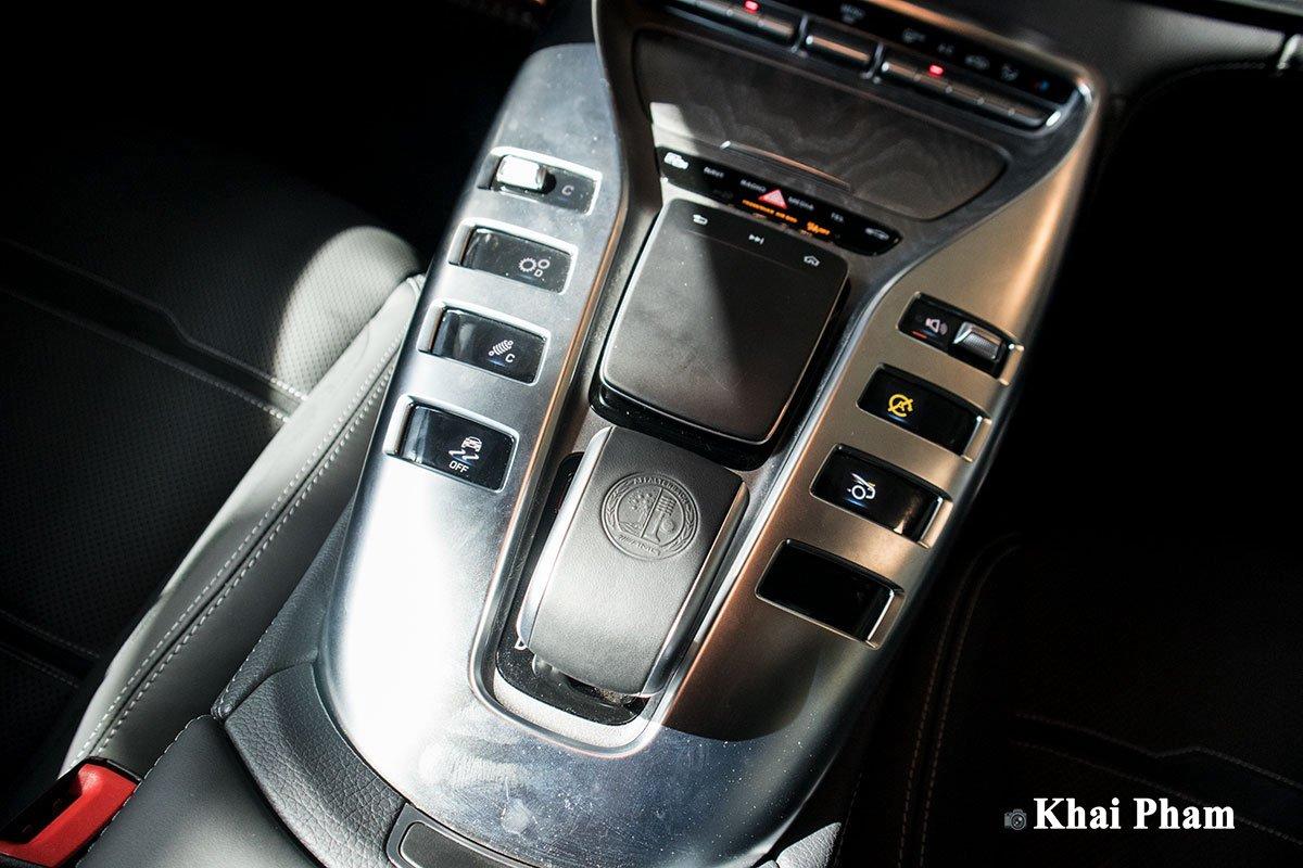 Ảnh Bệ điều khiển xe Mercedes-AMG GT53 2020
