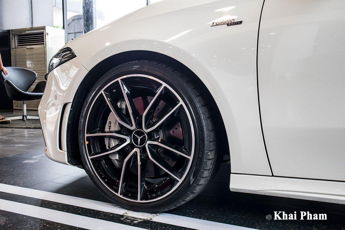 Ảnh La-zăng xe Mercedes-Benz A35 AMG 2020
