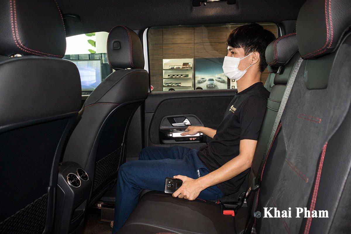 Trải nghiệm hàng ghế 3 trên Mercedes-Benz GLB 200 AMG 2020, liệu có hấp dẫn? a2