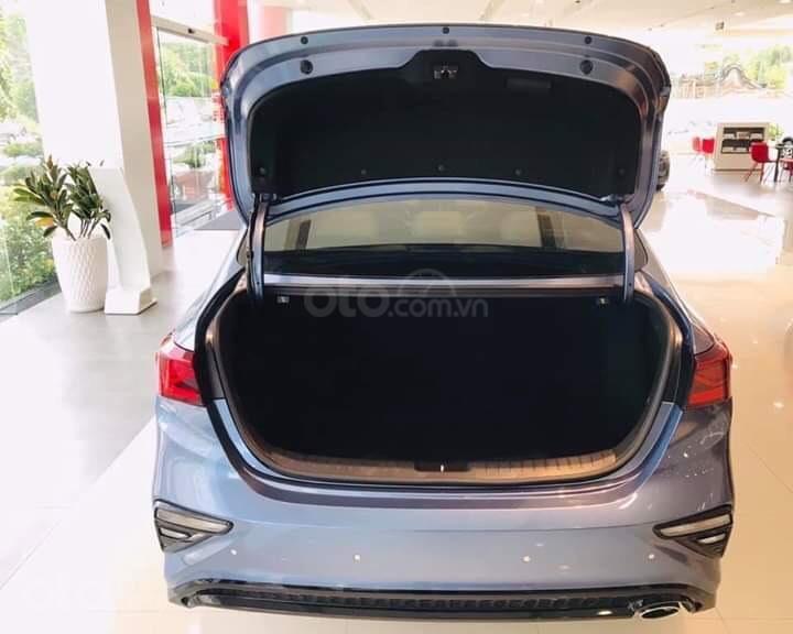 Xe Kia Cerato 1.6 AT Luxury 2020 - 619 triệu (8)