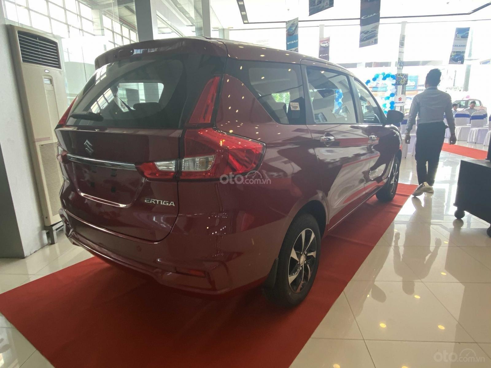 Suzuki Ertiga full option giá cực sốc, hỗ trợ trả góp cực cao, chỉ còn vài xe trả trước 100triệu có xe lăn bánh (5)