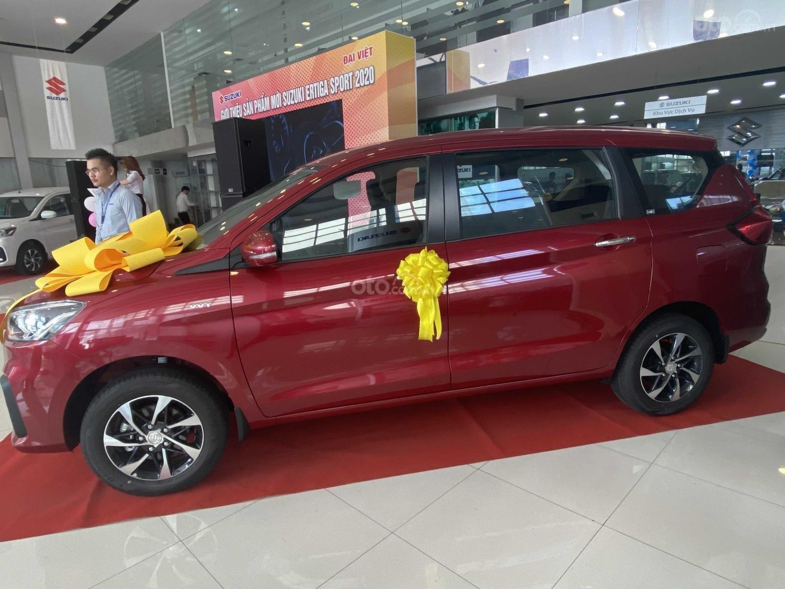 Suzuki Ertiga full option giá cực sốc, hỗ trợ trả góp cực cao, chỉ còn vài xe trả trước 100triệu có xe lăn bánh (4)