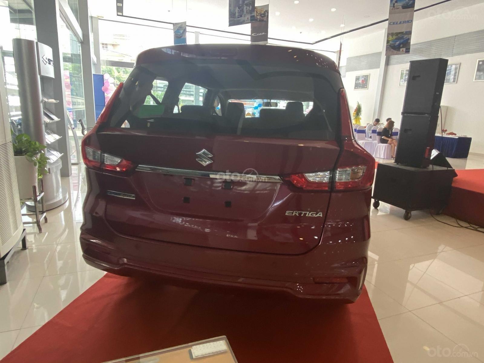 Suzuki Ertiga full option giá cực sốc, hỗ trợ trả góp cực cao, chỉ còn vài xe trả trước 100triệu có xe lăn bánh (7)