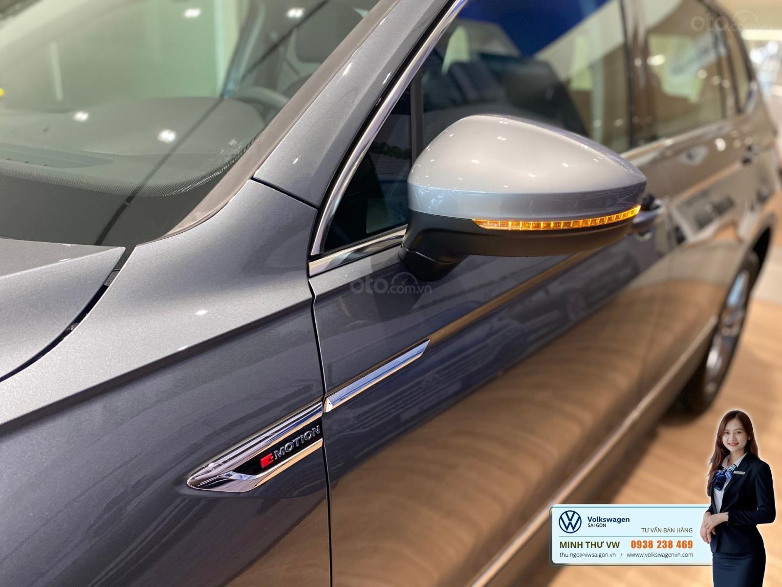 Tiguan Luxury S Màu xám - Phiên bản Offroad khuyến mãi hấp dẫn - Xe đủ màu giao ngay (3)