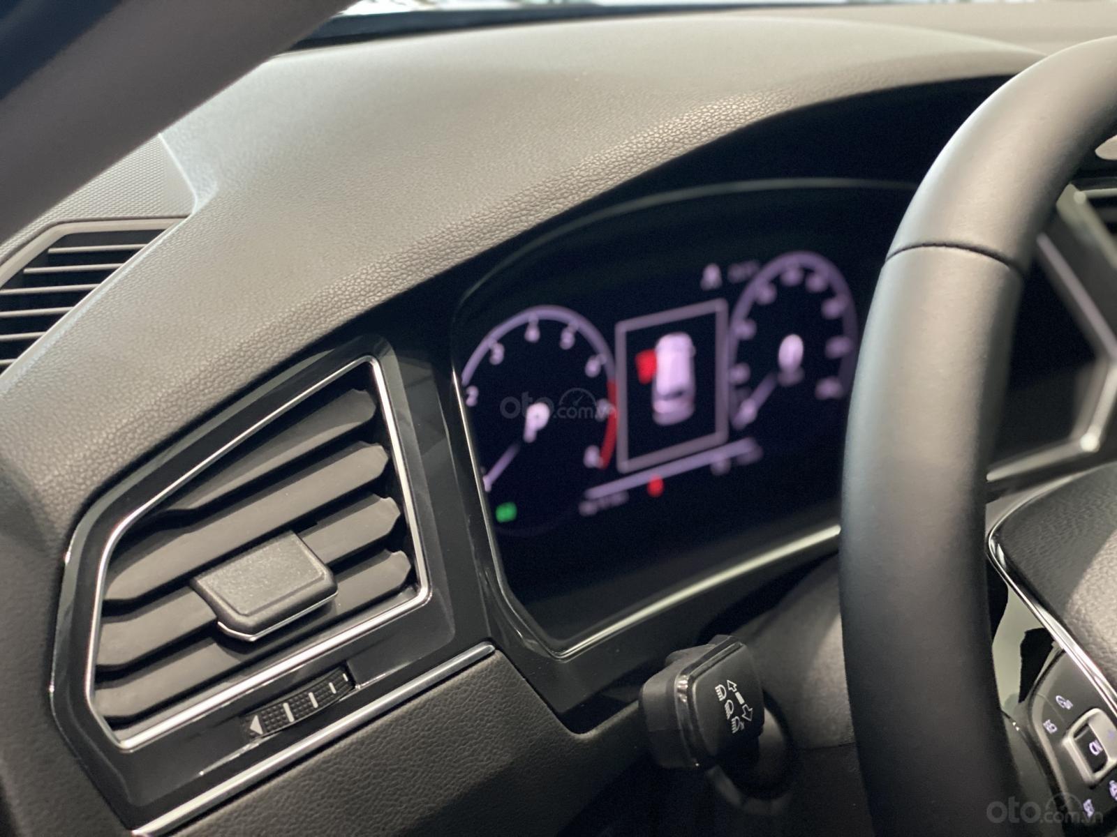 Tiguan Luxury S Màu xám - Phiên bản Offroad khuyến mãi hấp dẫn - Xe đủ màu giao ngay (6)