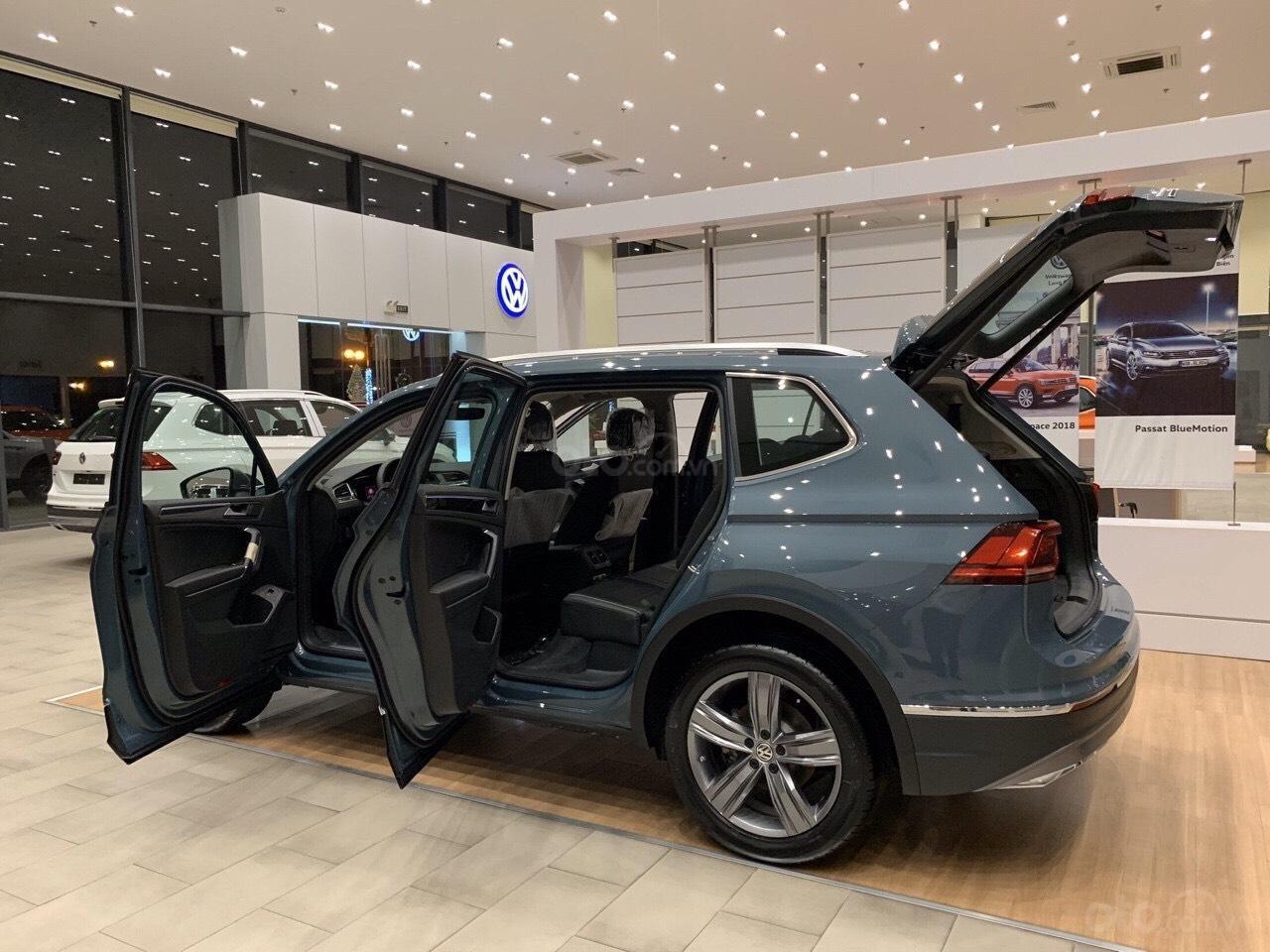 Vw Tiguan Luxury S Màu xanh Petro xe nhập 100% hiếm có - độc lạ - Có sẵn giao ngay - Ngân hàng 80% (5)