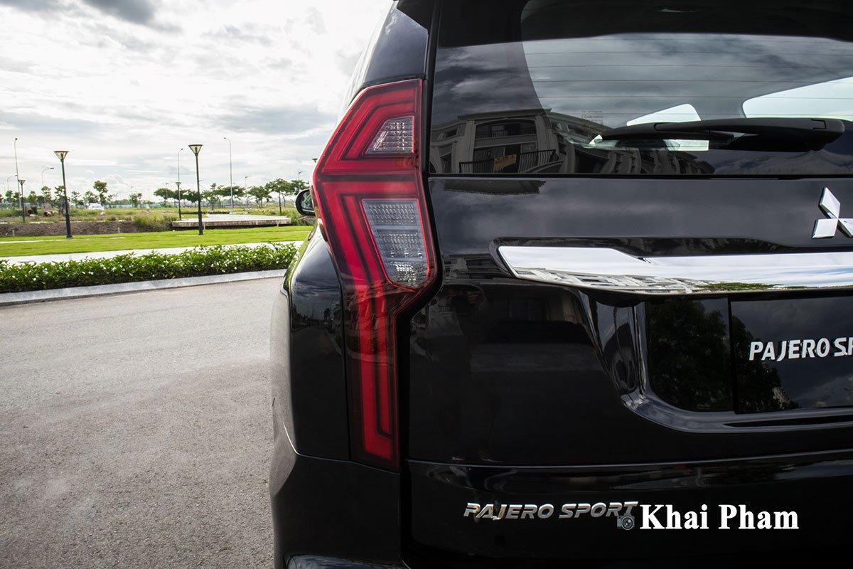 Ảnh Đèn hậu xe Mitsubishi Pajero Sport 2020