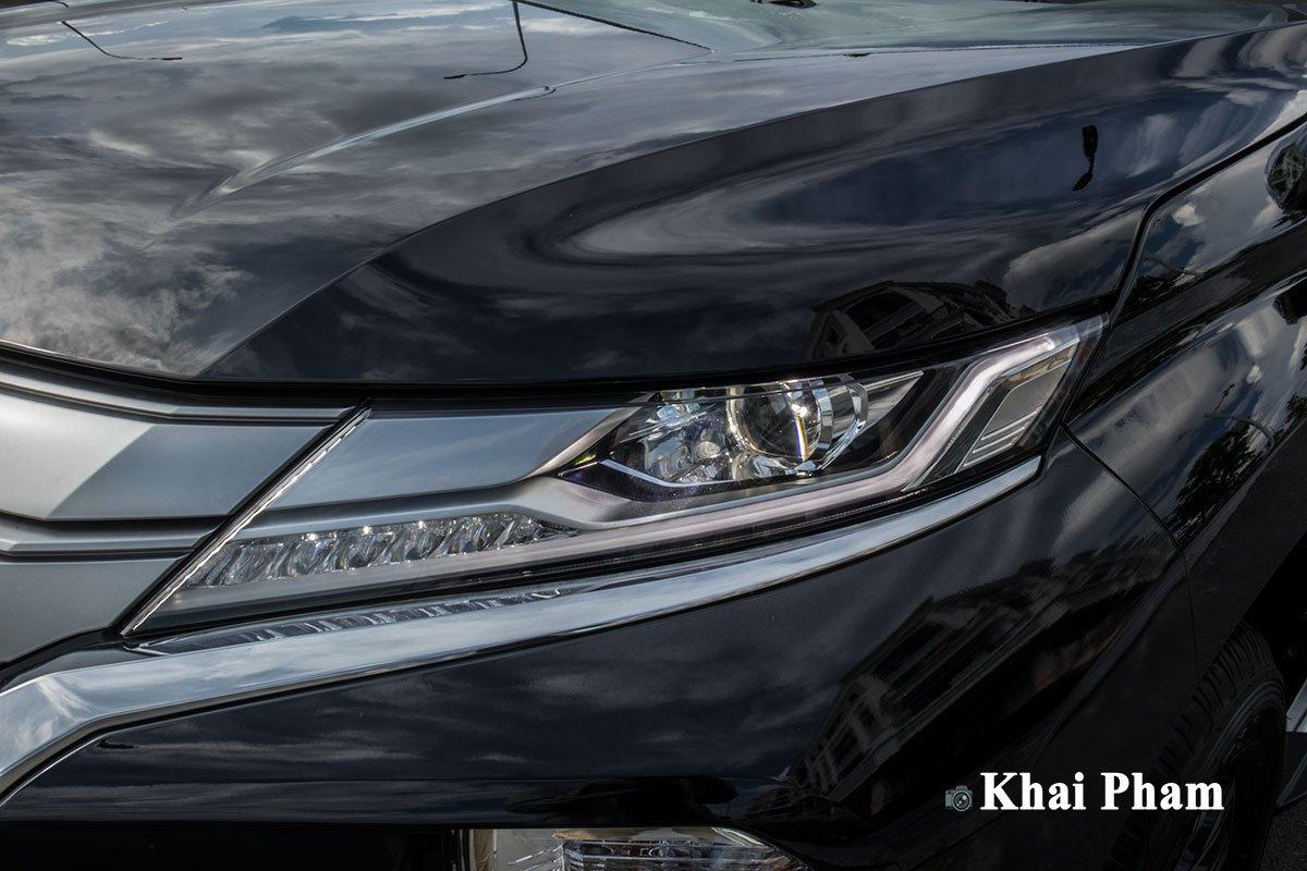 Ảnh Đèn pha xe Mitsubishi Pajero Sport 2020