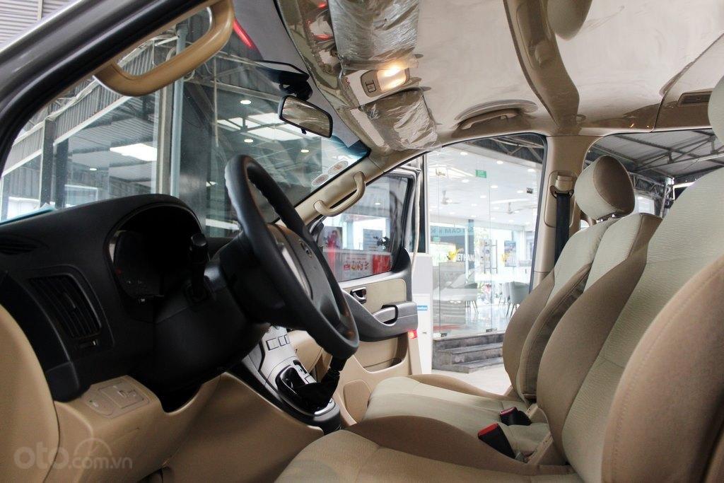 Hyundai Starex 2.5MT 2015, có kiểm định chất lượng (9)