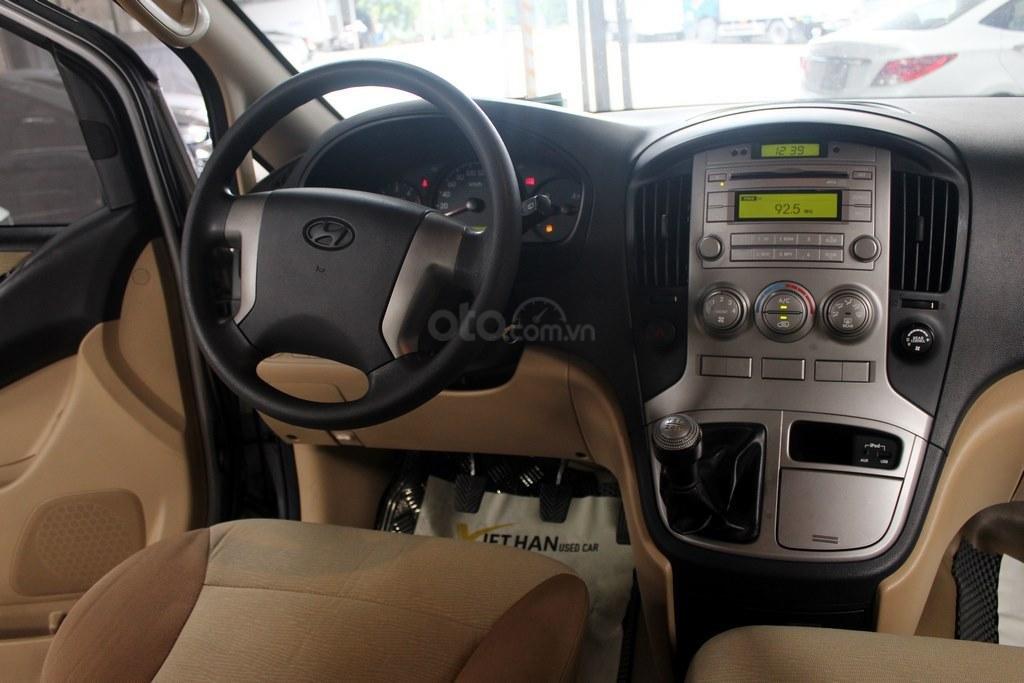 Hyundai Starex 2.5MT 2015, có kiểm định chất lượng (12)