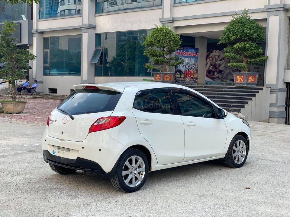 Cần bán xe Mazda 2S đời 2013, màu trắng (1)