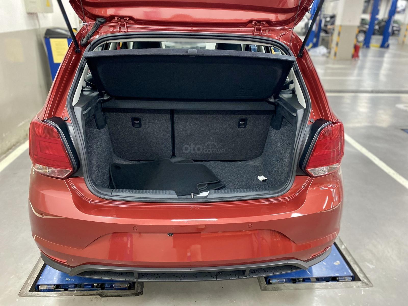 Cập nhật khuyến mãi tháng 10 cho xe Polo Hatchback, sản xuất 2020, đủ màu giao ngay (9)