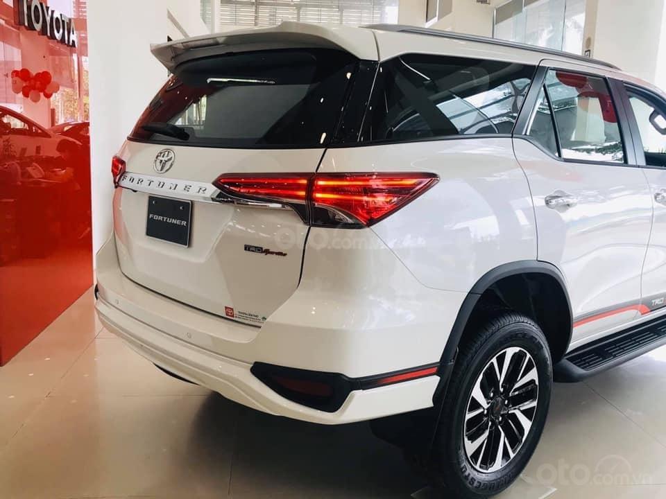 Toyota Fortuner TRD 2.7AT 4x2 - Khuyến mãi khủng nhất năm, hỗ trợ lệ phí trước bạ (3)