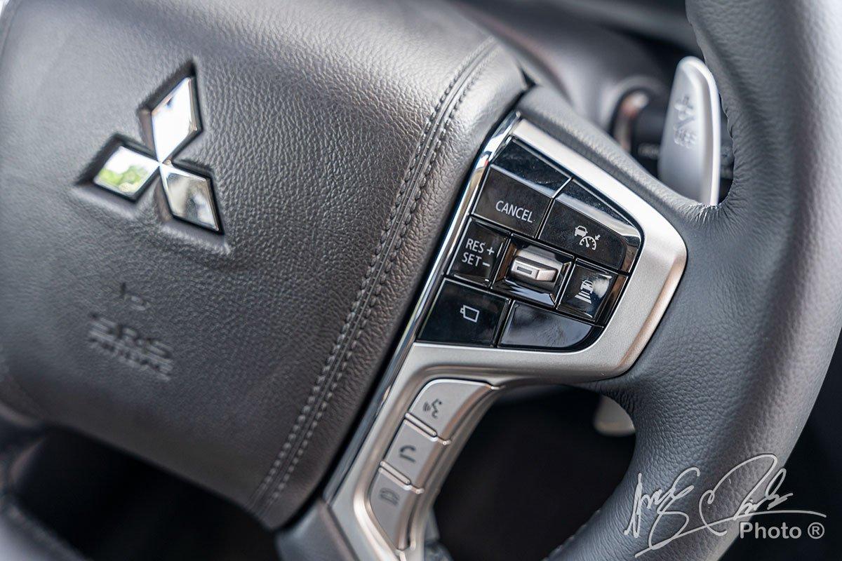 Kiểm soát hành trình thích ứng trên Mitsubishi Pajero Sport 2020.