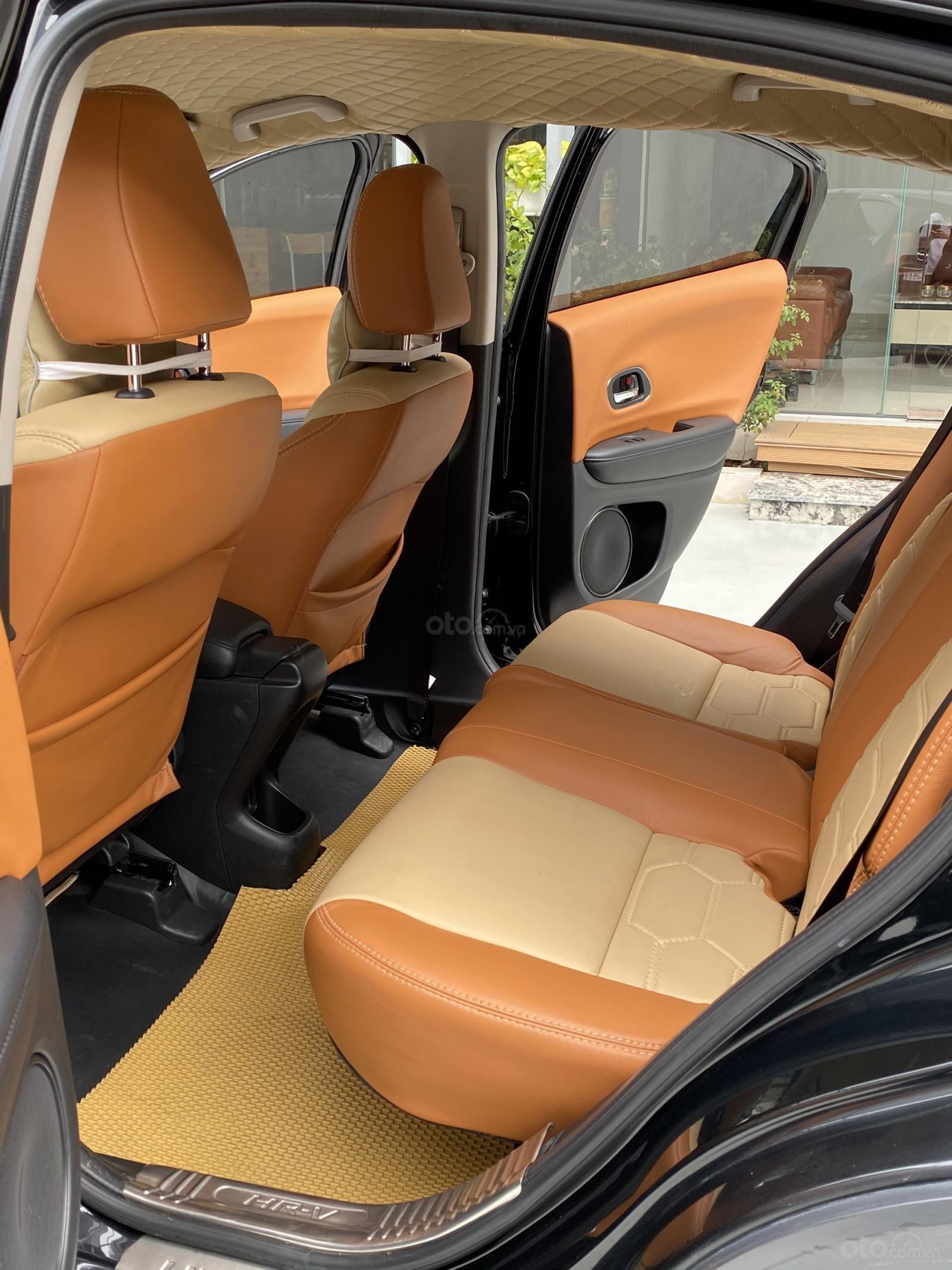 Honda HRV 1.8 AT 2018, ĐK 2019, biển SG (11)