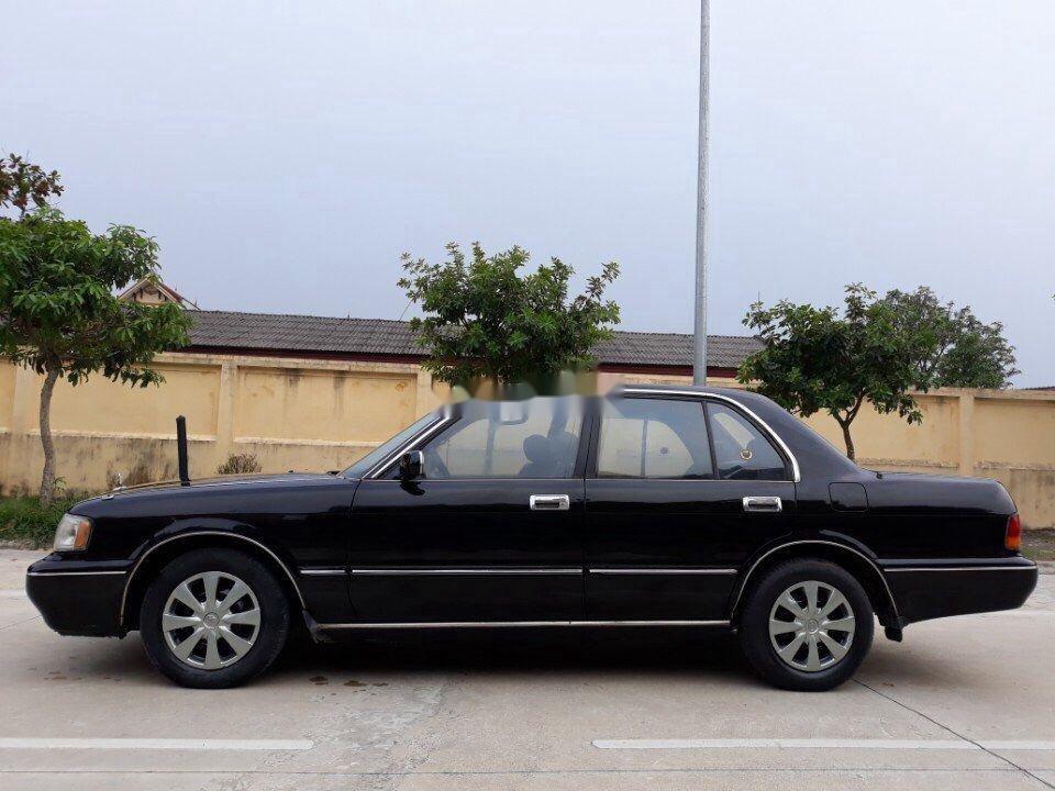 Bán Toyota Crown sản xuất năm 1994, màu đen, nhập khẩu nguyên chiếc chính chủ, giá tốt (11)