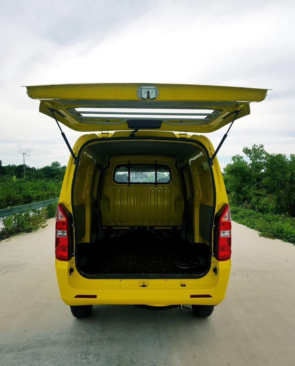 Xe tải Van Kenbo 2 chỗ tải trọng 945kg vào phố 24/24 (6)