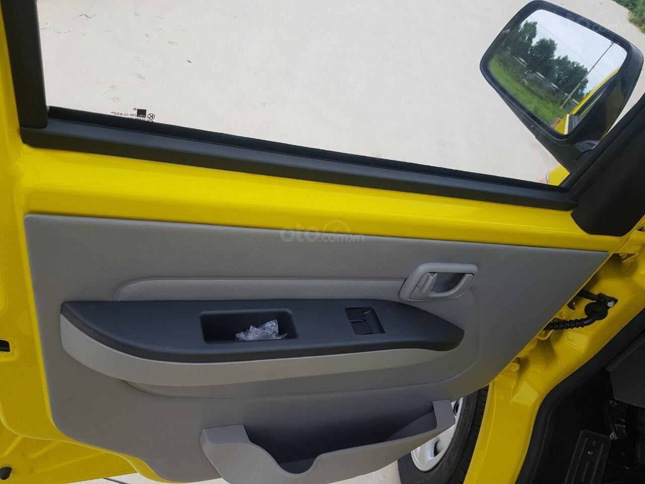 Xe tải Van Kenbo 2 chỗ tải trọng 945kg vào phố 24/24 (8)