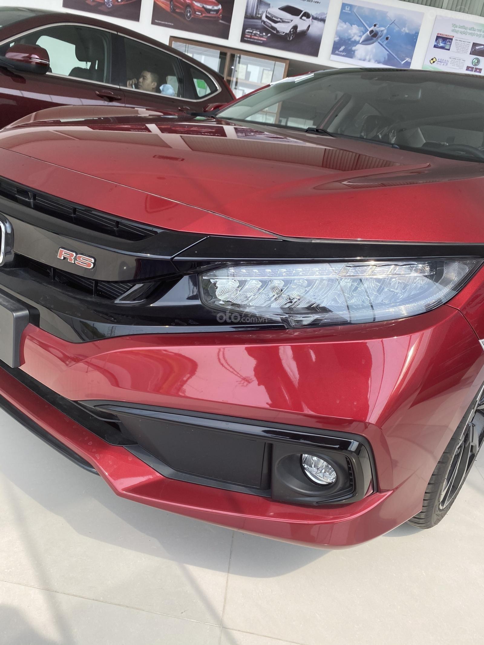 170 triệu nhận xe ngay, vay NH 90%, khuyến mãi tốt nhất Sài Gòn, miễn phí bảo dưỡng và bảo hành xe (6)