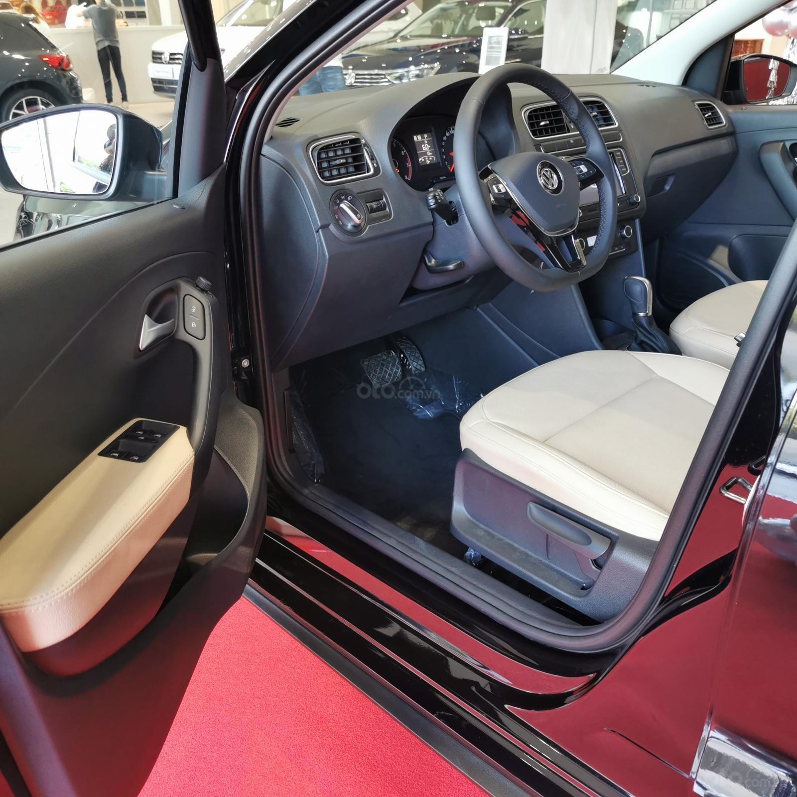 Volkswagen Polo Hatchback sản xuất 2020 màu đen - Khuyến mãi tháng 10 giảm ngay 11 triệu và quà tặng (8)