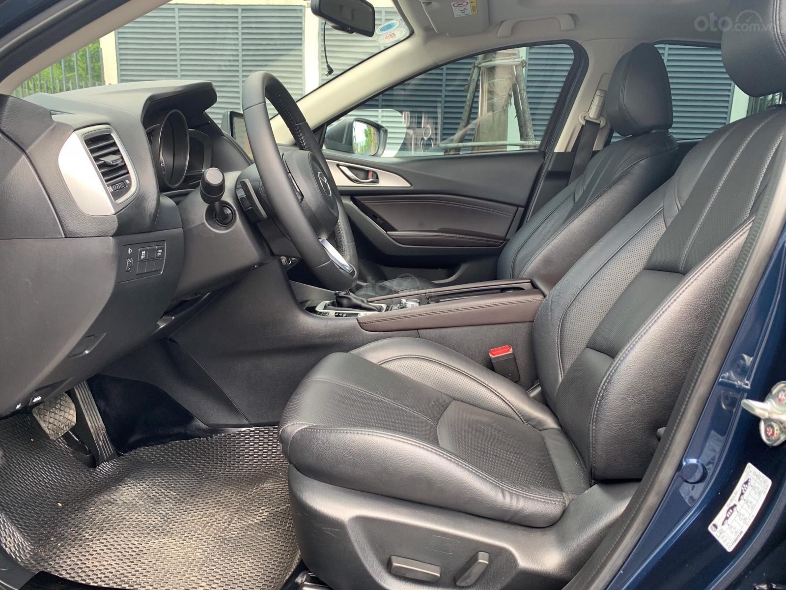 Bán gấp chiếc Mazda 3 màu xanh lam đời 2019, giá cực ưu đãi (6)