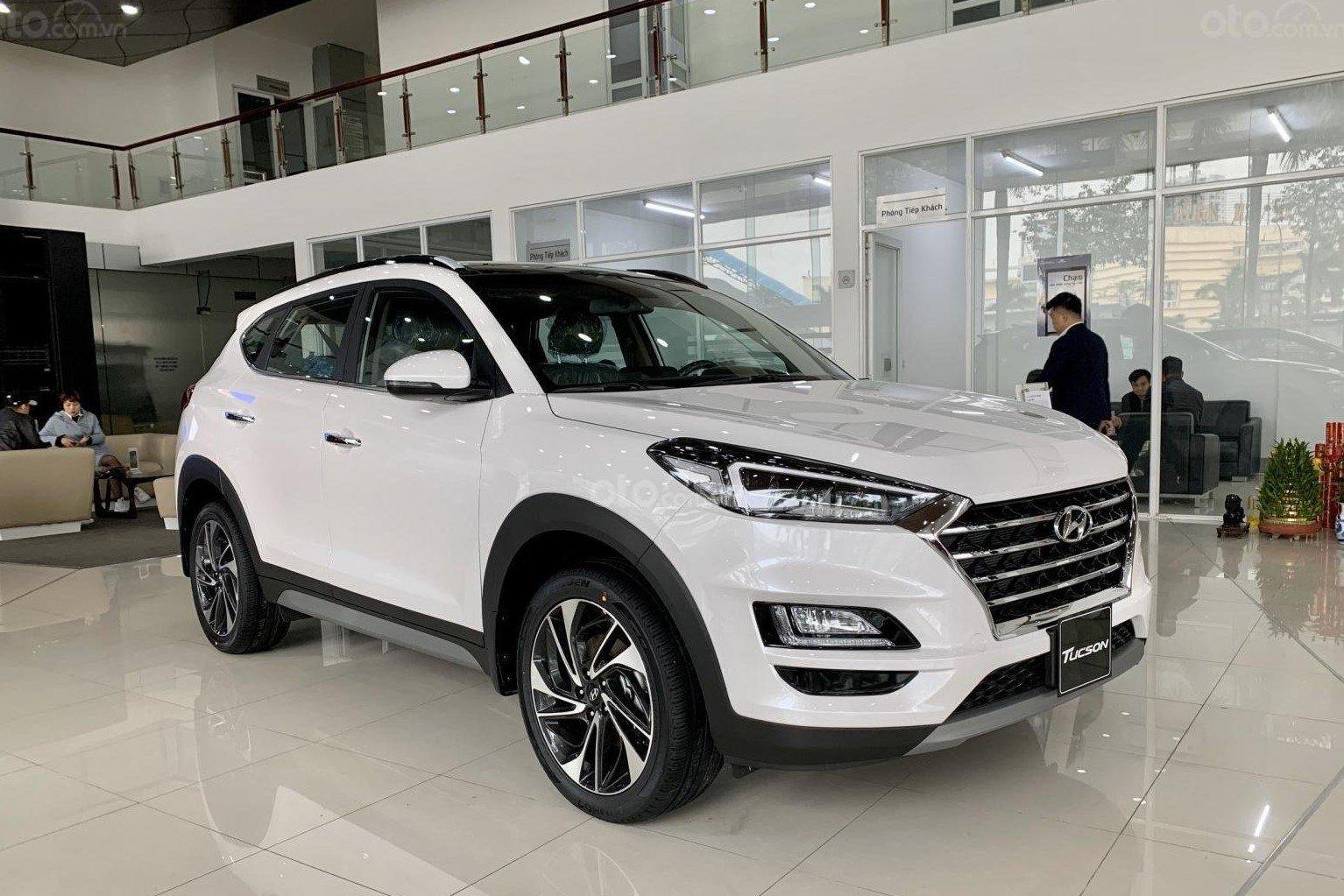 Hyundai Tucson giảm giá hấp dẫn tại đại lý 1