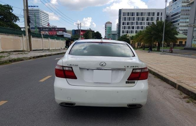 Bán Lexus LS năm 2007, màu trắng còn mới (6)