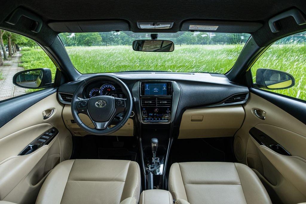 Giá lăn bánh xe Toyota Yaris 2020, cao nhất phân khúc hatchback hạng B tại Việt Nam a2