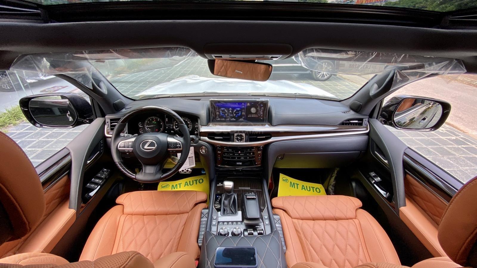 Bán ô tô Lexus LX 570S Super Sport MBS 4 ghế SX 2020, full trần sao, xe mới 100% (12)