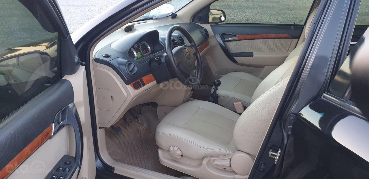 Bán gấp Daewoo Gentra đời 2010 xe gia đình đi giữ gìn (3)
