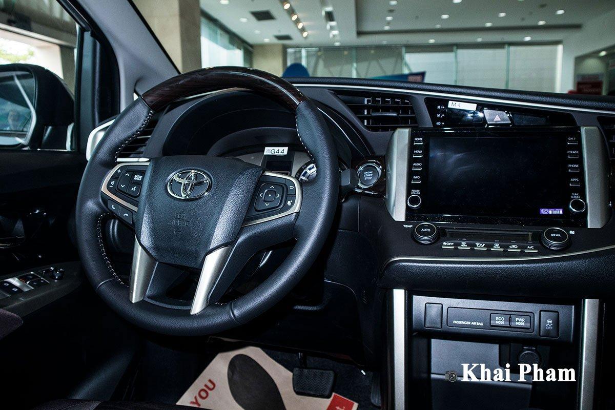 Giá lăn bánh xe Toyota Innova 2020 mới nâng cấp tại Việt Nam a5