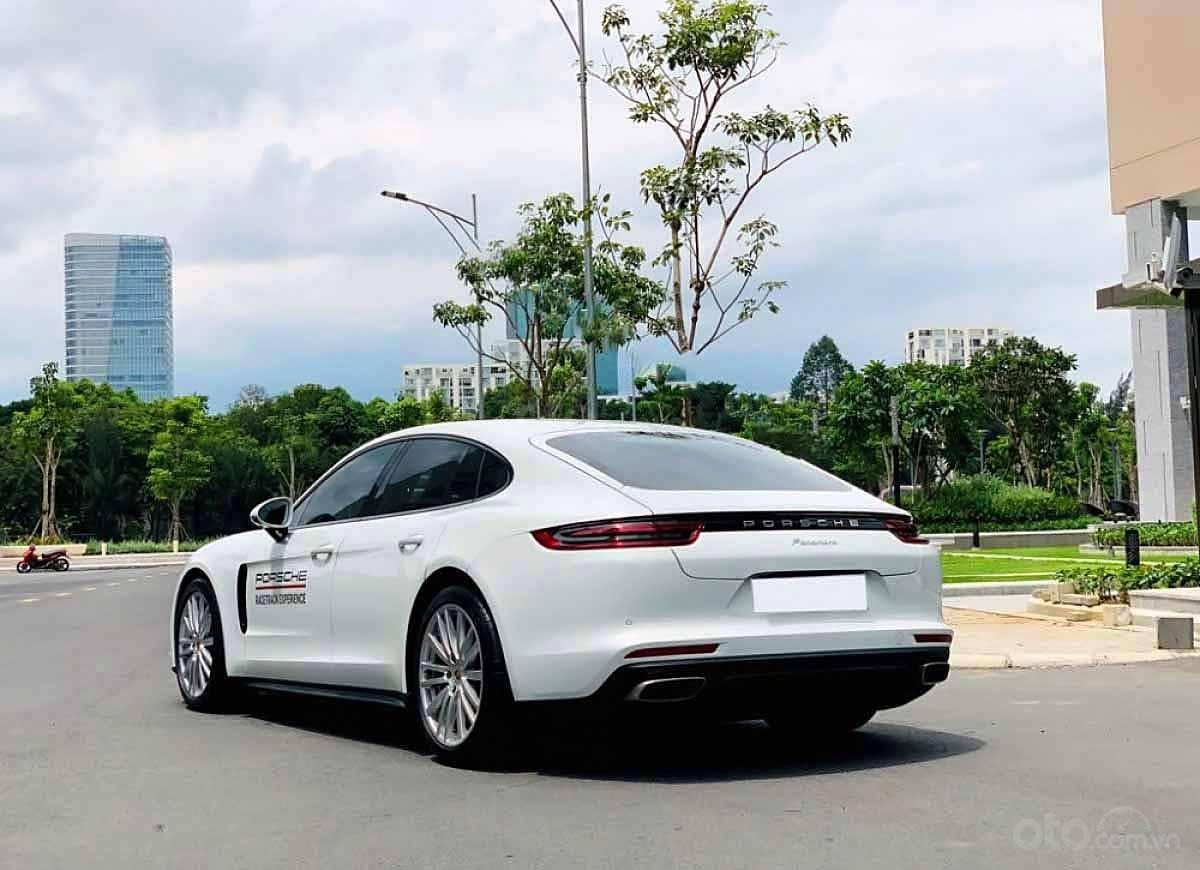 Bán Porsche Panamera năm sản xuất 2017, màu trắng, xe nhập (3)