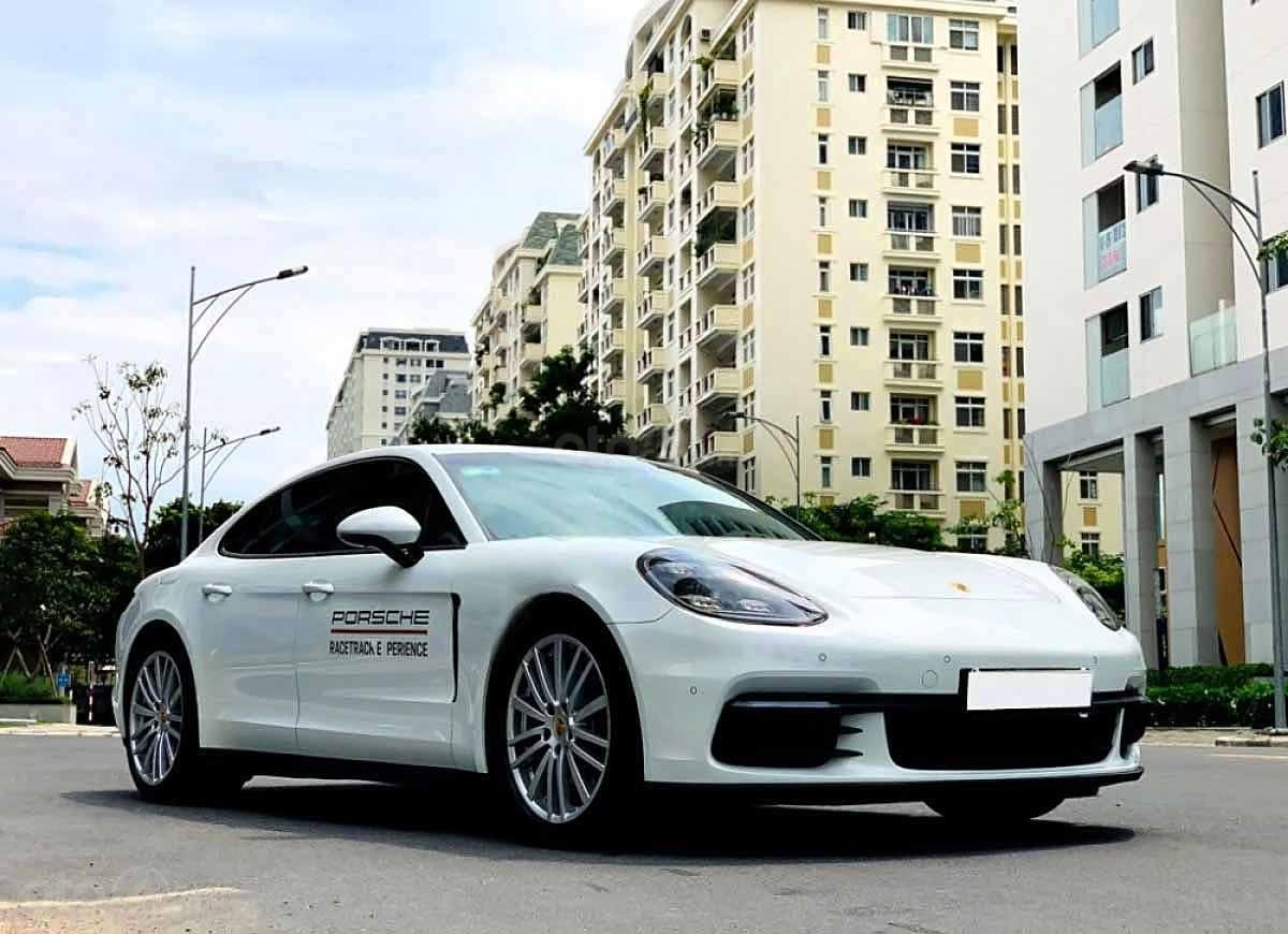 Bán Porsche Panamera năm sản xuất 2017, màu trắng, xe nhập (1)