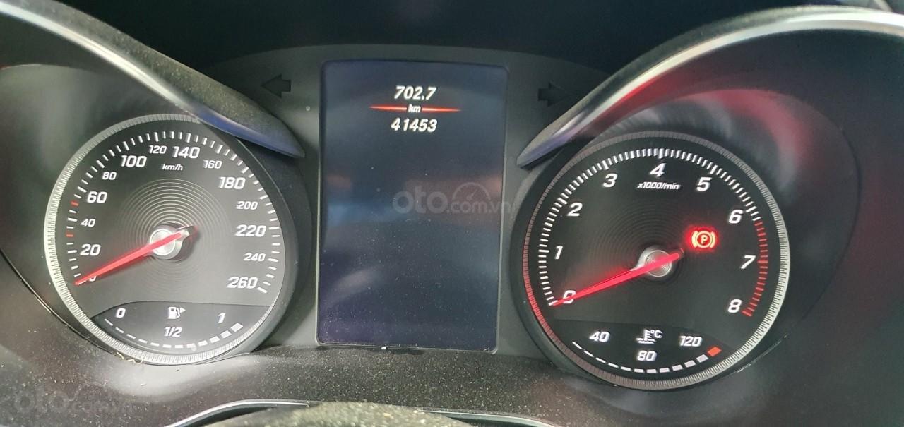 Cần bán Mercedes GLC 250 (3)