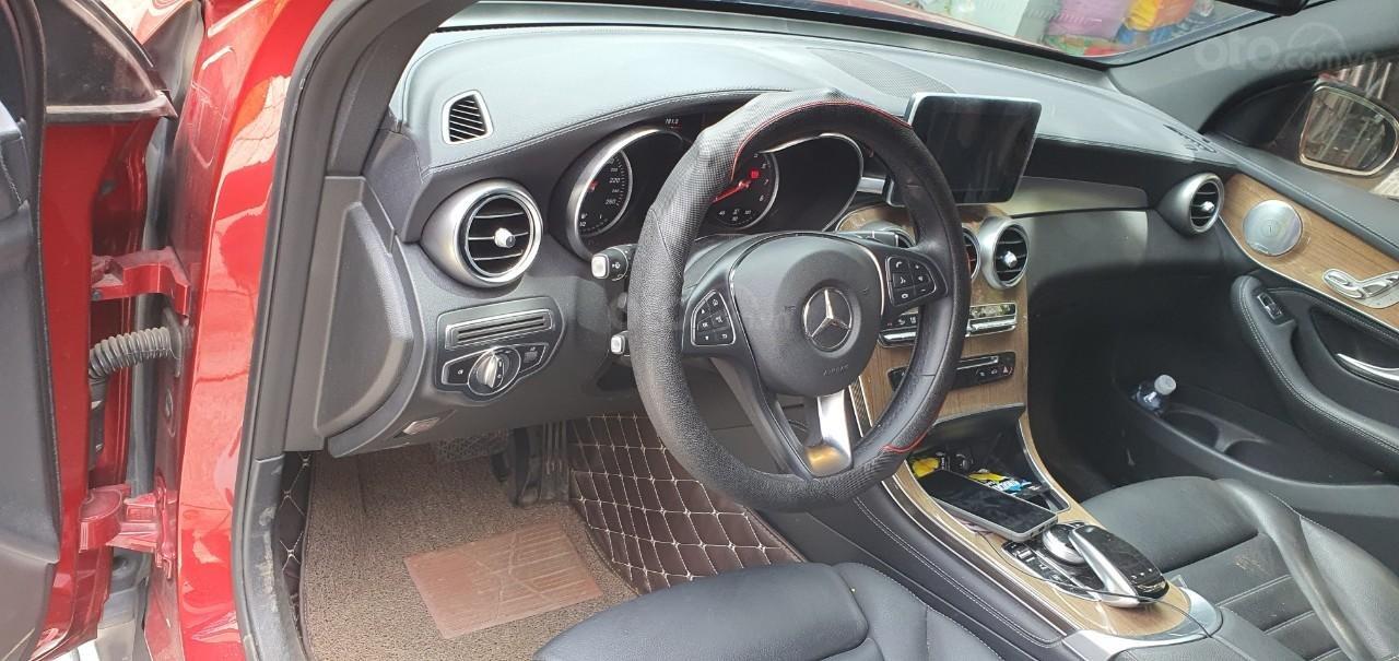 Cần bán Mercedes GLC 250 (4)