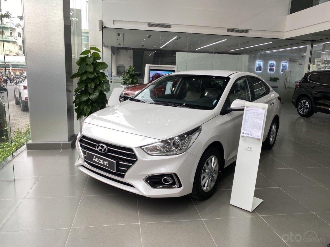 Bán Hyundai Accent tiêu chuẩn đỏ 2020, đủ mầu, tặng 10 - 15 triệu và nhiều ưu đãi (7)