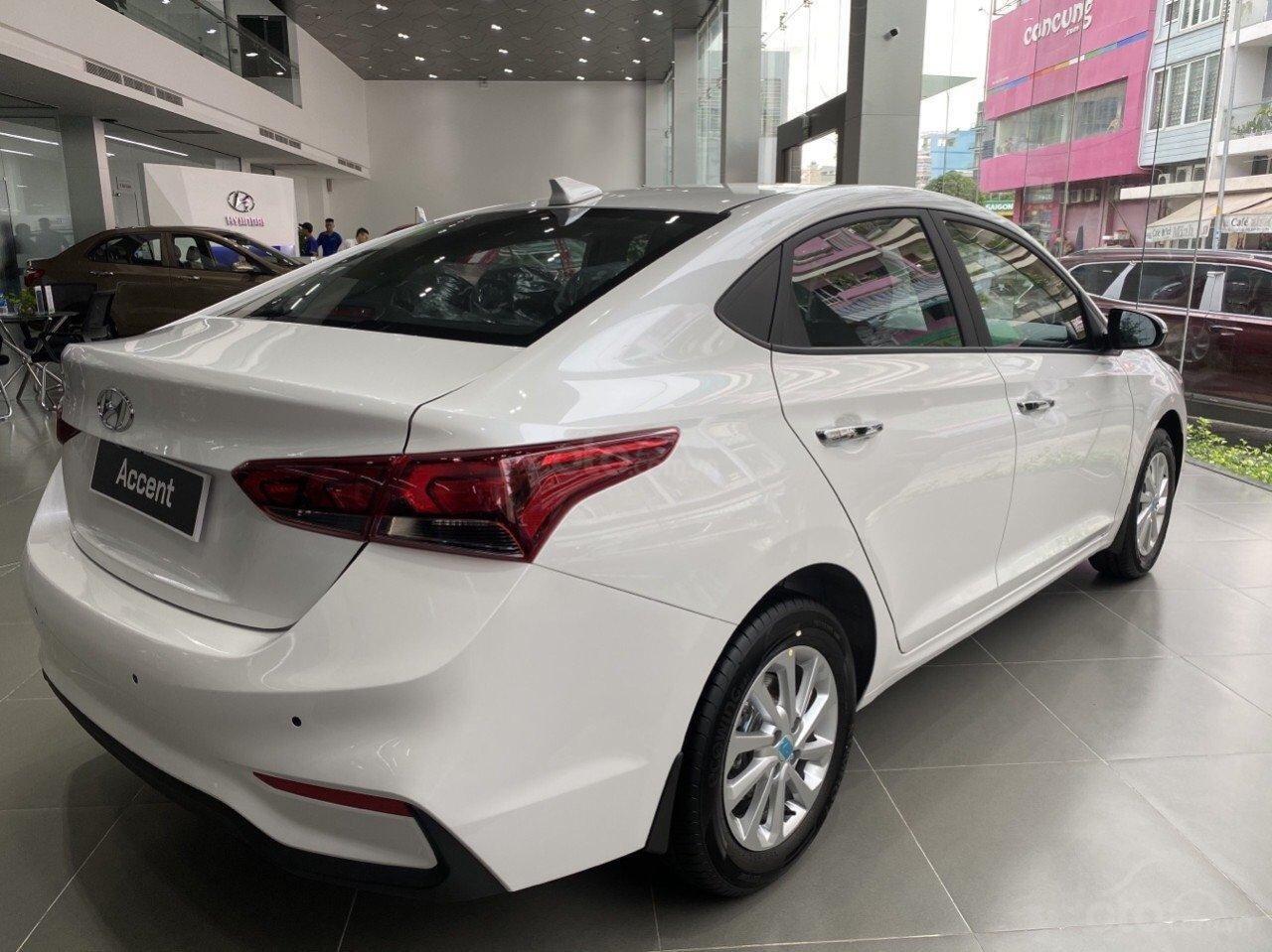 Bán Hyundai Accent tiêu chuẩn đỏ 2020, đủ mầu, tặng 10 - 15 triệu và nhiều ưu đãi (4)