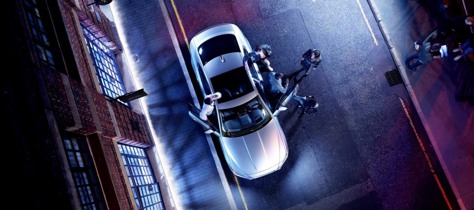 Jaguar XE 2021 thân thiện môi trường.