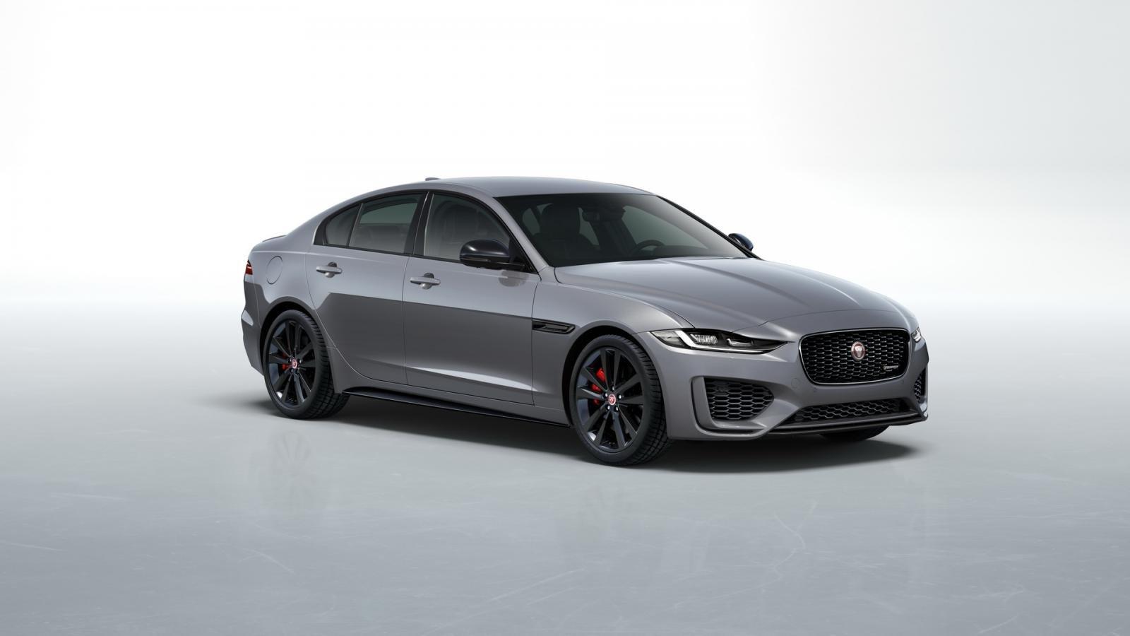 Jaguar XE 2021 giảm giá mạnh, bổ sung động cơ diesel hyrbrid.